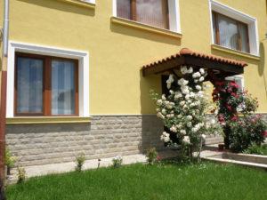 Къща Калоян - апартаменти за нощувки
